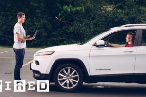 Hackers Remotely Kill a Jeep on the Highway—With Me in It 3
